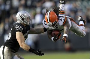 APTOPIX-Browns-Raiders-Football