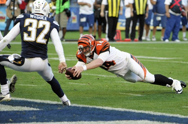 Bengals Chargers Football.JPEG-06a96