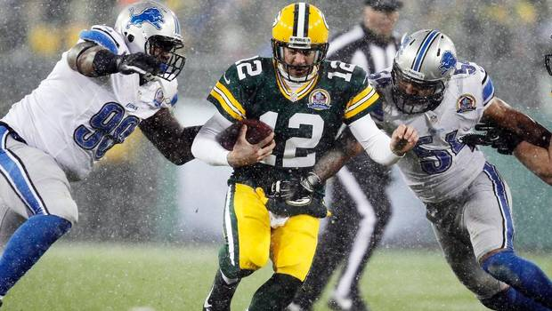 WIMG107_Lions_Packers_Football