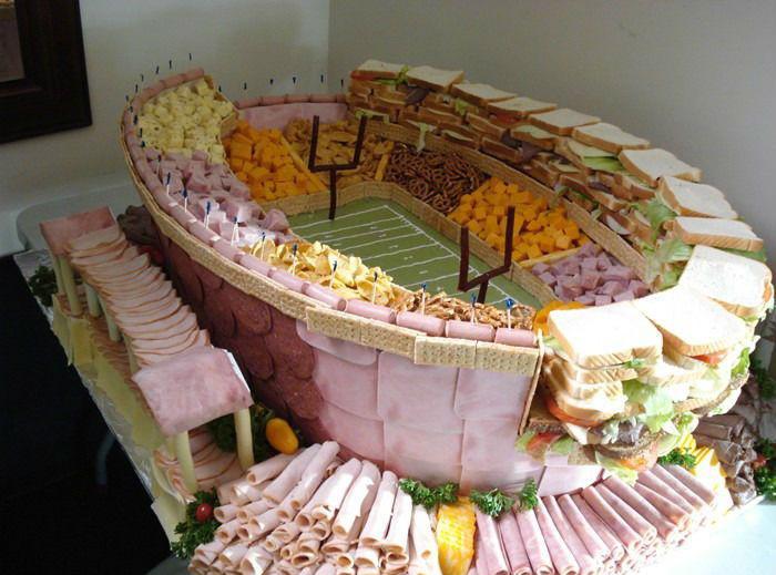 epic-superbowl-party-platter-stadium